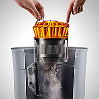 Dyson Ball Hygienic Bin Emptying